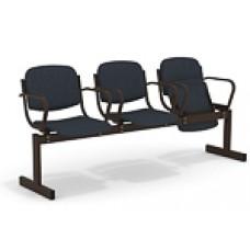 3-местный, откидывающиеся сиденья, мягкий, с подлокотниками